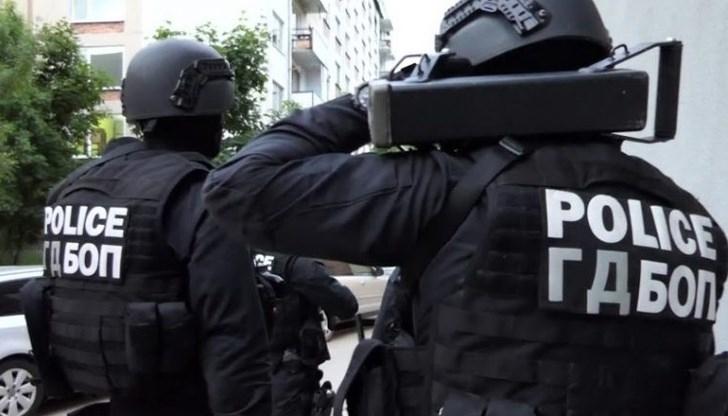 Полицейски щурм в Петрич: Закопчаха знакови фигури в ъндърграунда
