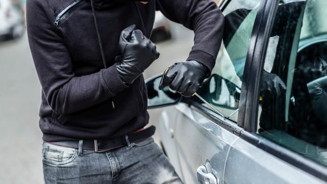 Полицията е заловила автокрадец в крачка в Монтана, съобщиха от