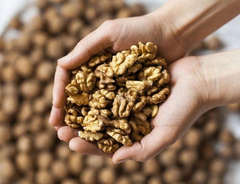 Харвардски учени обявиха орехите за най-полезния продукт за сърцето. Дълго