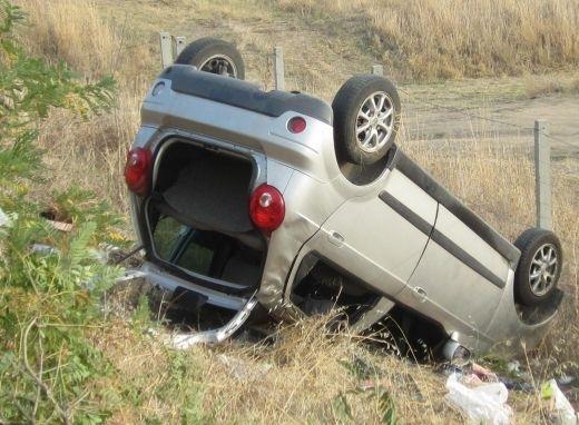 Почерпен врачанин се обърна с колата си във Врачанско