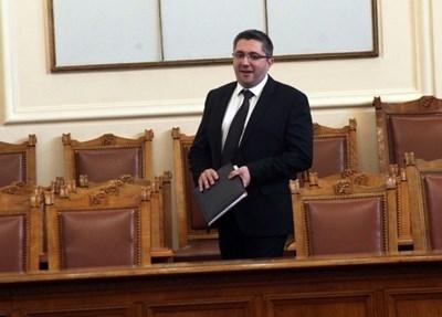 Парламентът одобри оставката на Николай Нанков като депутат