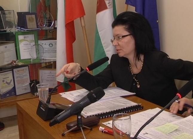 Кметът на Козлодуй Маринела Николова се опита да омаловажи и