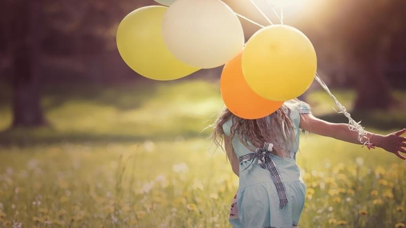На 1 юни празнуваме Международния ден на детето. Празникът води
