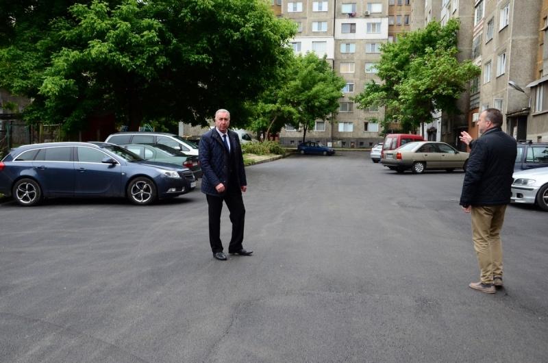 Община Видин продължава усилените ремонтни работи във връзка с асфалтиране