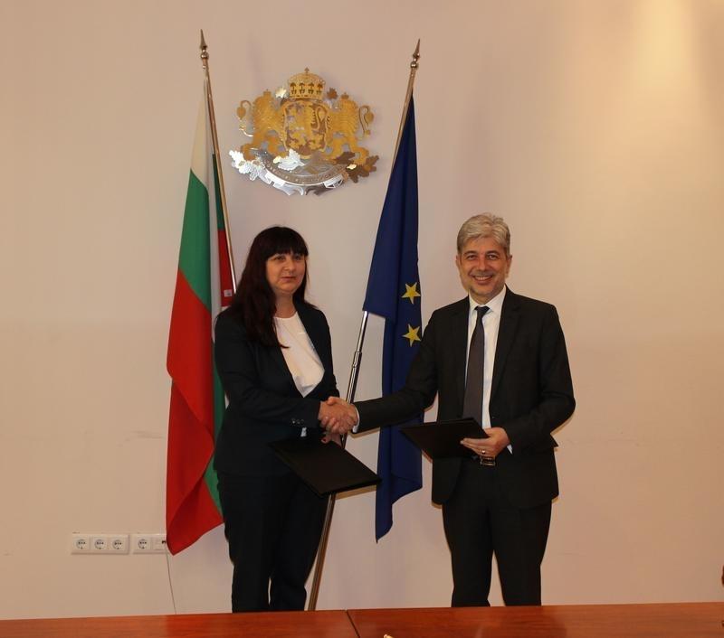Министърът на околната среда и водите Нено Димов и кметът