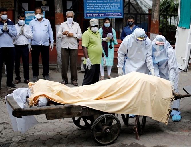 Индийското здравно министерство днес съобщи за рекорден ръст на случаите