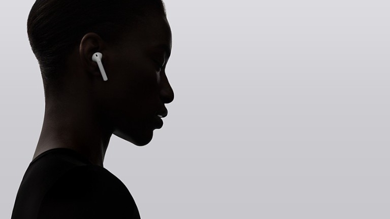 Тази седмица съвсем ненадейно всички европейски магазини на Apple обявиха