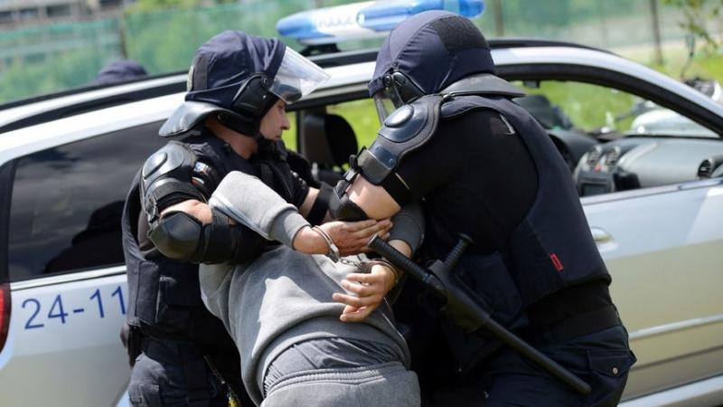 Албанската полиция арестува четирима души, заподозрени за дръзкия въоръжен грабеж
