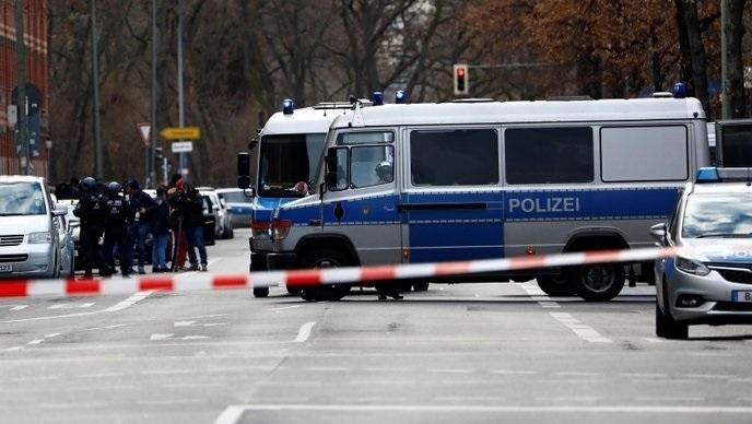 Шестима души са загинали в стрелба в германския град Рот