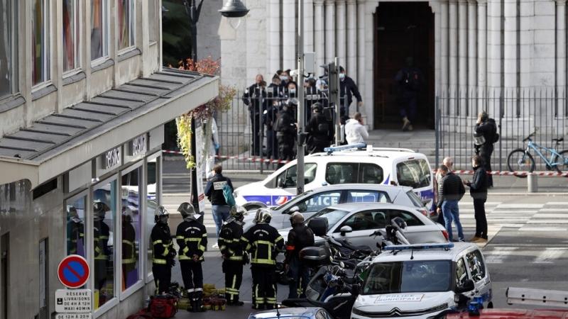 Само три дни след терористичната атака в църква във френския