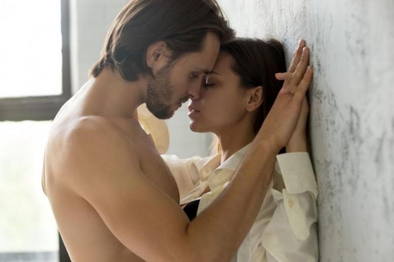 Отблъскващите грешки, които може да ви лишат от целувка