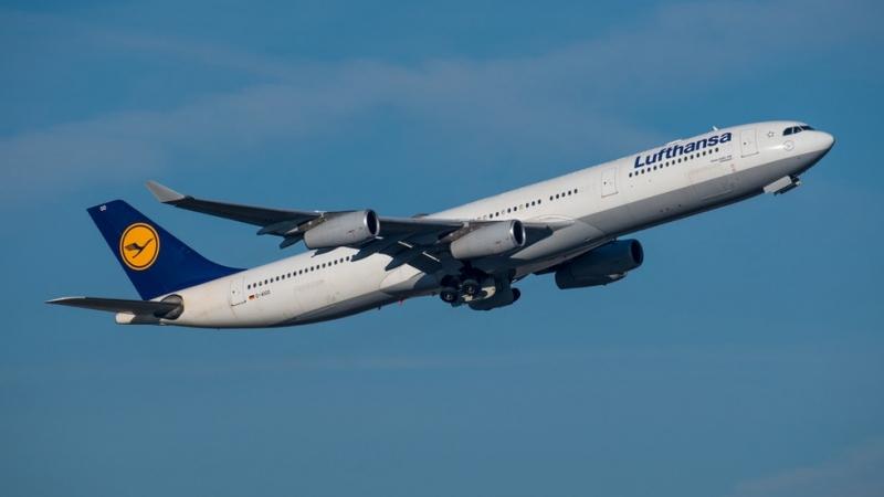 """Пилотите и стюардесите на авиокомпанията """"Луфтханза"""" започват ефективна стачка в"""