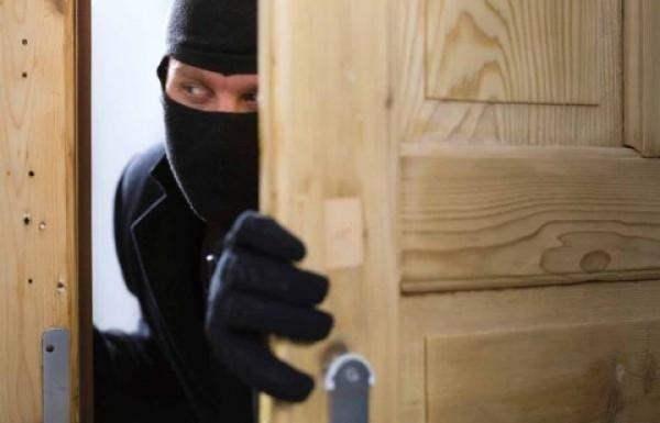 Апаши са извършили кражба от къща в Монтана, съобщиха от