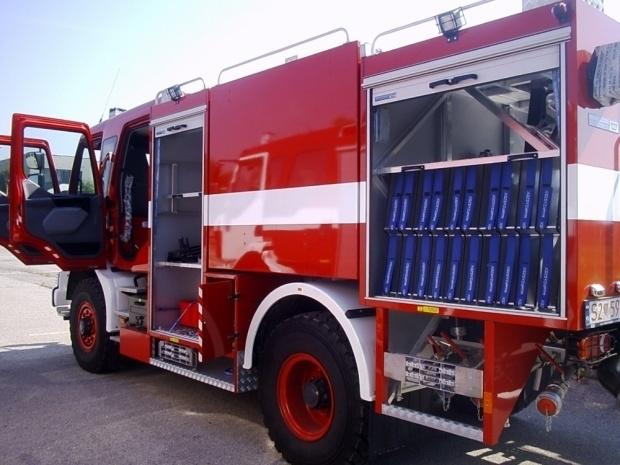Товарен автомобил е горял снощи във Видинско, съобщиха от полицията.