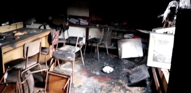 Полицаи са заловили тийнейджър, разбил читалището в село Лесура и