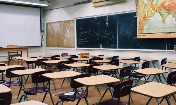 За един учебен срок децата в училищата и детските градини