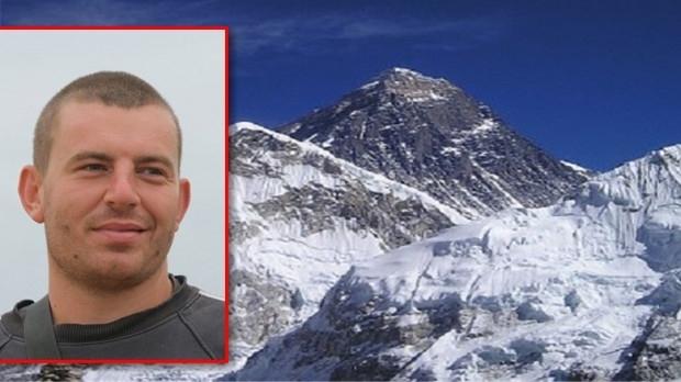 Ломчанин на върха на света! Слави Несторов изкачи Еверест
