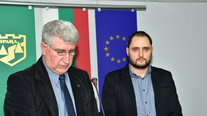 Нов общински съветник положи клетва във Враца, видя BulNews.bg. Това