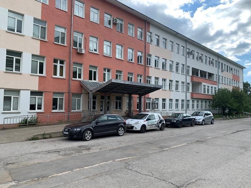 Изписаха от врачанската болница още един пациент с коронавирус от дома в Гара Орешец