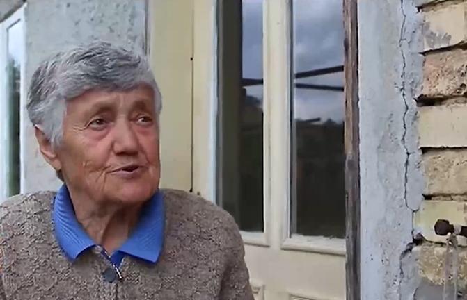 80-годишна жена дари пенсията си на болницата в Попово като