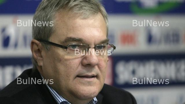 """Петков: Премиерът да си прибере в """"Бояна"""" финансовия министър, той генерира само напрежение"""