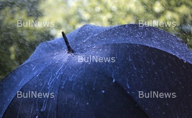 Лошо време и на Томина неделя, очакват ни гръмотевици и дъжд