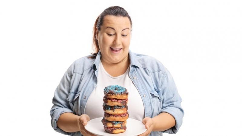 Приемът на голямо количество храна може да повлияе на съня,