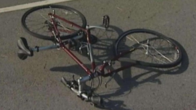 Момче помете с колелото си мъж в Оряхово, прати го в болница