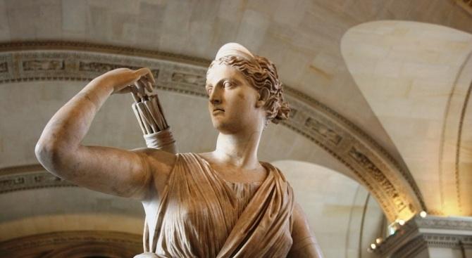 Снимка: Монтана откриват статуята на Диана на празника на града