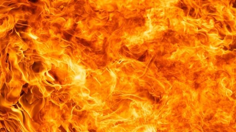 Най-малко 21 души пострадаха вчера при пожар на американски десантен