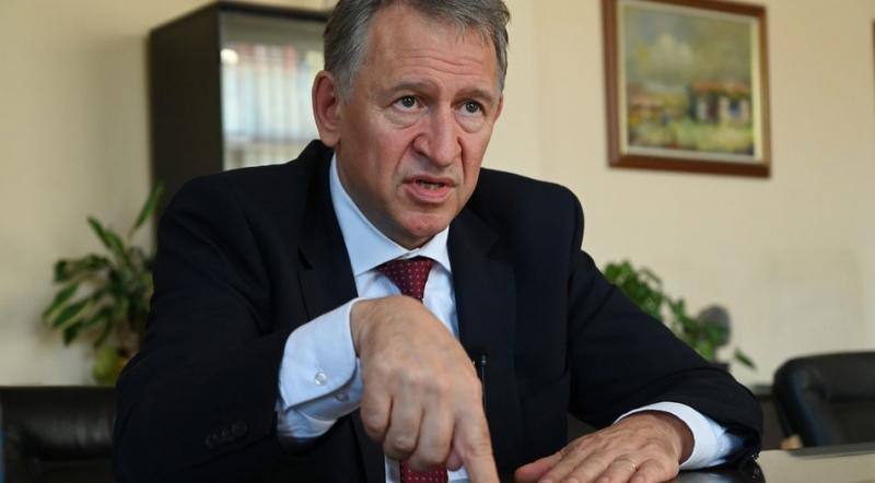 Министърът на здравеопазването д-р Стойчо Кацаров разпореди на директорите на