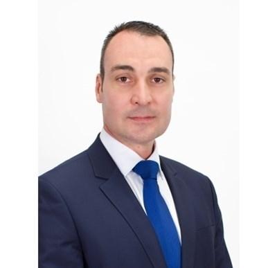 Депутат от ГЕРБ хвърли имунитета си след искането на Цацаров