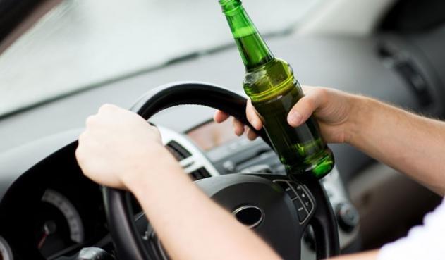 Полицаи хванаха пиян мездренчанин зад волана на БМВ, съобщиха от