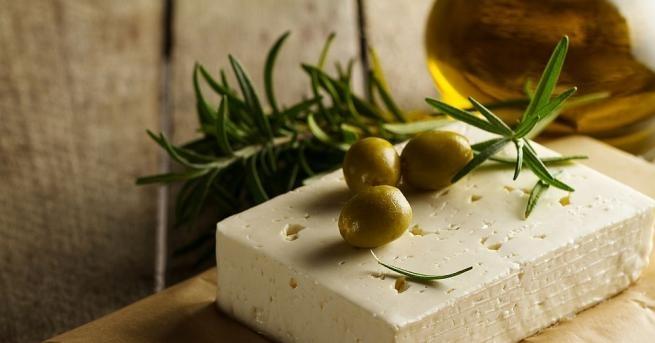 """Учени открихавъзможно най-отлежалото сирене в света- """"фета"""" на 7 200"""