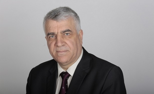Румен Гечев: Искаме незабавно оставката на премиера Бойко Борисов и цялото правителство