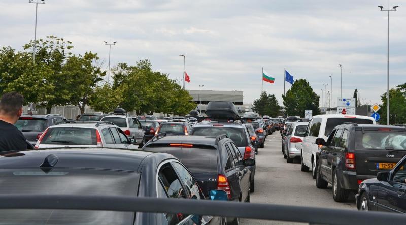 Снимка: След Курбан байрам турците пак се юрнаха към ЕС