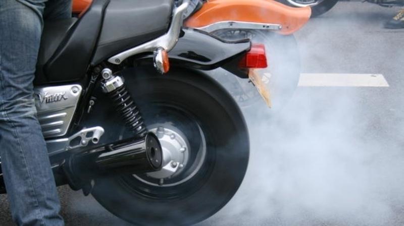 Полицията е засякла 18-годишен хлапак с нередовен мотор във Врачанско,