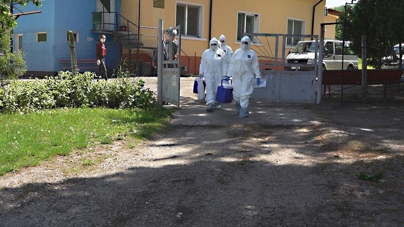 Двамата новозаразени с коронавирус от Монтанско са настанени в болници,