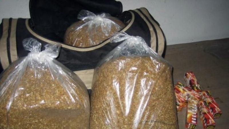 Ченгета конфискуваха солидно количество незаконен тютюн от къща във врачанско село