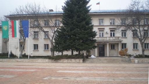 Община Враца обяви конкурси за две примамливи работни позиции