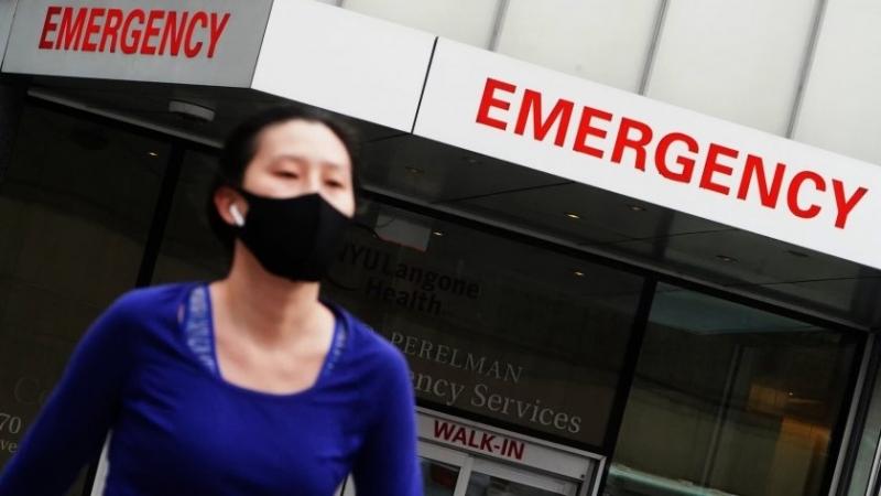 САЩ регистрираха нов рекорд на починалите от коронавирус за денонощие.