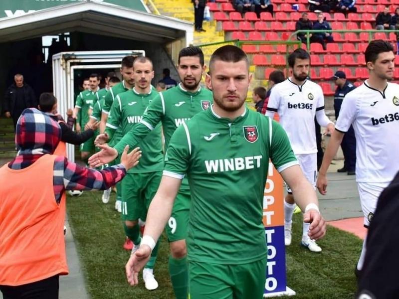 """Шестима футболисти напуснаха """"Ботев"""" (Враца). Това са Атанас Зехиров, Даниел"""