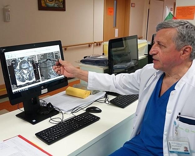 Светилото в неврохирургията в България - проф. д.р Христо Цеков,
