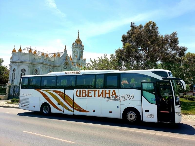 """Автобусна фирма """"Цветина"""" от Мездра е една от водещите лицензирани"""