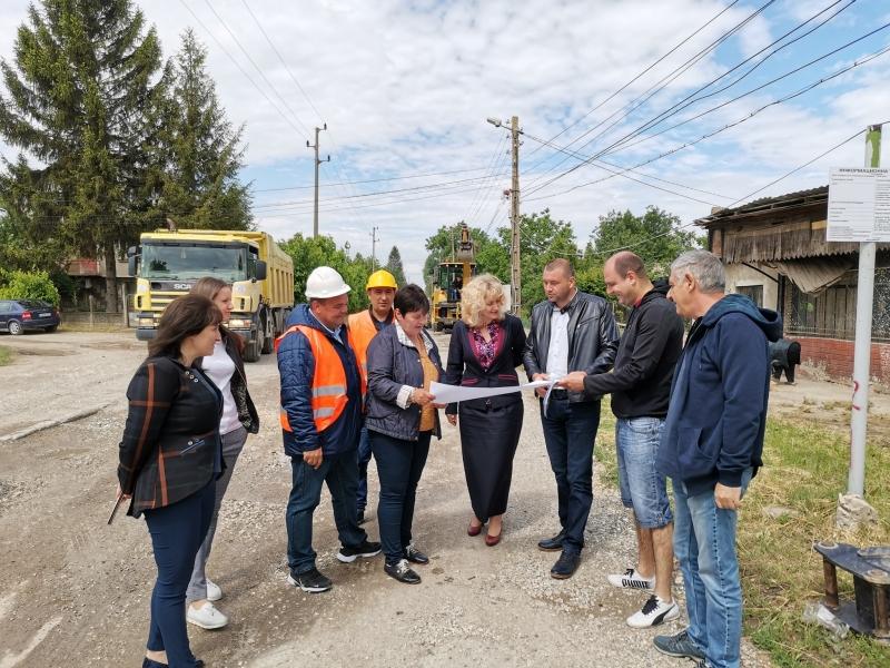 """Днес беше открита строителна площадка за обект: """"Рехабилитация на улица"""