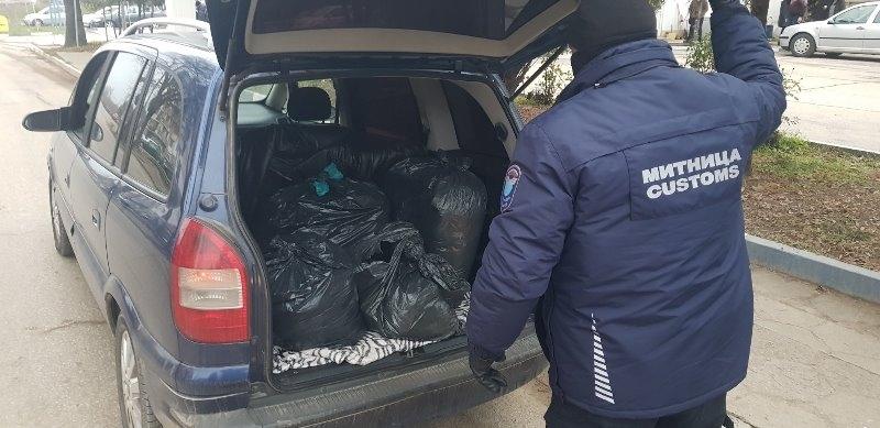 49 килограма тютюн за пушене без български акцизен бандерол задържаха