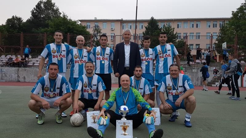 Завърши XVIII-ят открит футболен турнир на малки вратички за фирмени,