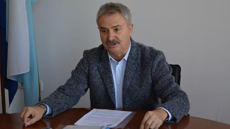 Бившият евродепутат Петър Курумбашев дари 690 маски, които ще бъдат