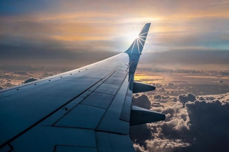 """Над 100 полета са отменени днес на холандското летище """"Схипхол"""""""