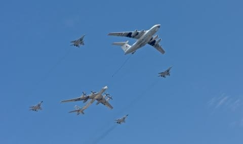 Два руски военни самолета навлязоха в зоната за въздушна идентификация
